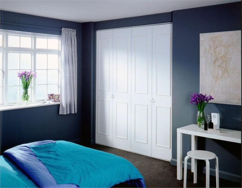 ארון דלתות מתקפלות חדר שינה